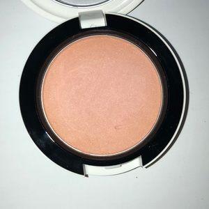 MAC Cosmetics Makeup - Mac Archie Girls Cream Soda Blush riverdale Betty